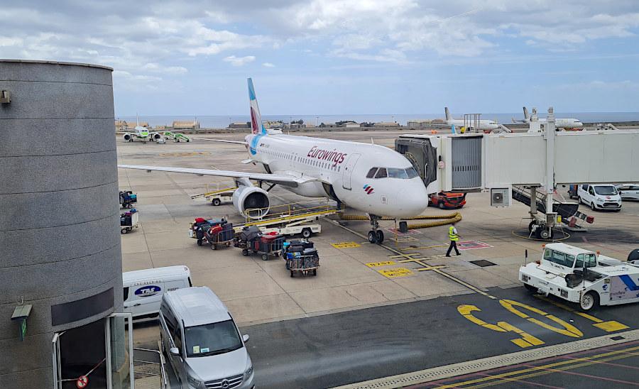 Gepäckbeladung des Eurowings A320 in Las Palmas de Gran Canaria