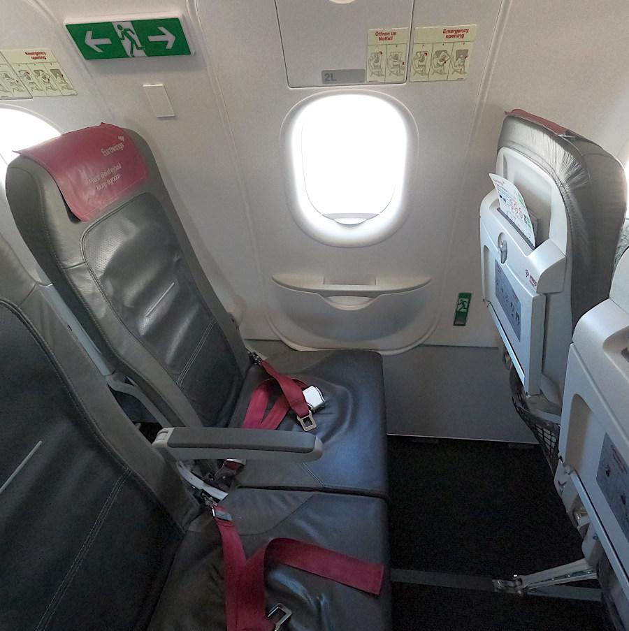 Platz 11a im Eurowings A320 bietet mehr Beinfreiheit