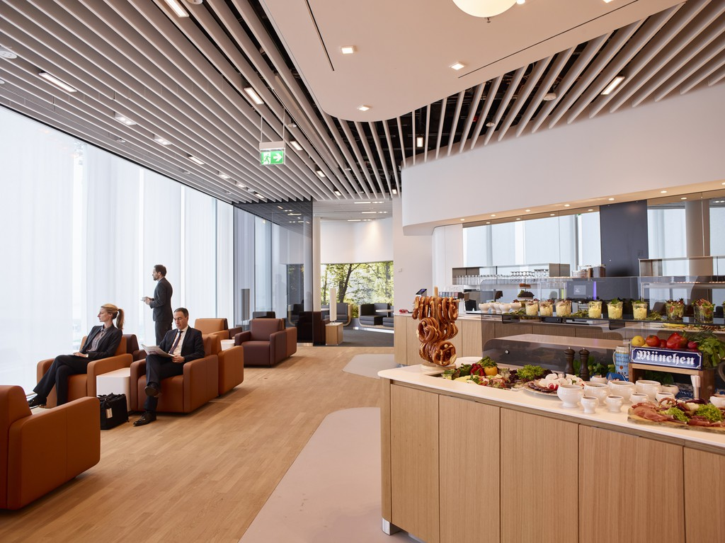 Dank Business Class-Lounge von Lufthansa Ruhe und kleine Leckereien