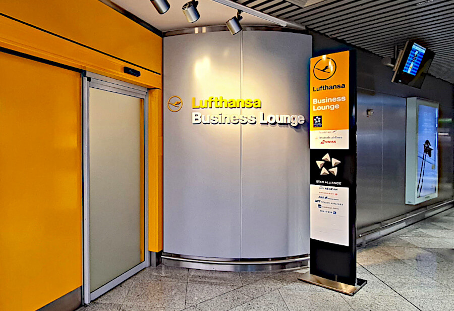 lufthansa business class lounge athen