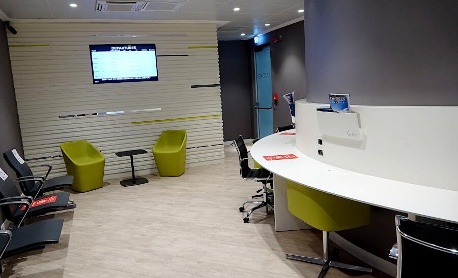 Arbeitsraum in der Genova Lounge mit direktem Zugang zur Security Fast Lane