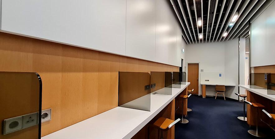 Business Center Lufthansa Business Class Lounge A 13 in Frankfurt