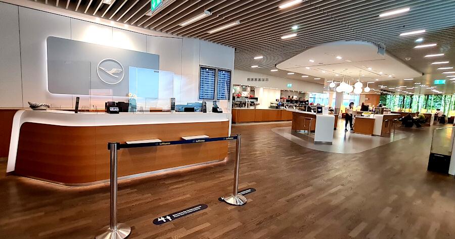 Lufthansa Senator Lounge A 50 in Frankfurt